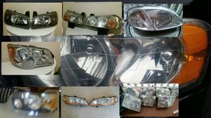 Headlight parts used Nissan,ford ,hyundai, Toyota,honda, Dodge,bmw, mercedes y more for Sale in Lynn, MA
