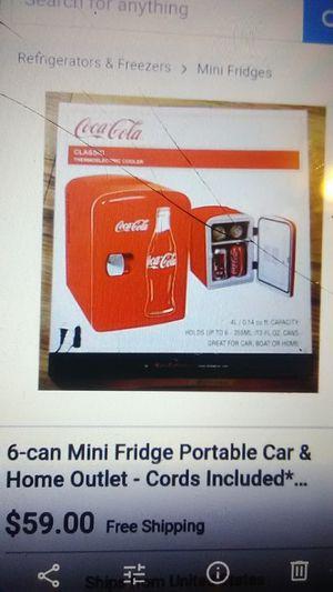 Coca cola collectable mini working refrigerator for Sale in Fresno, CA