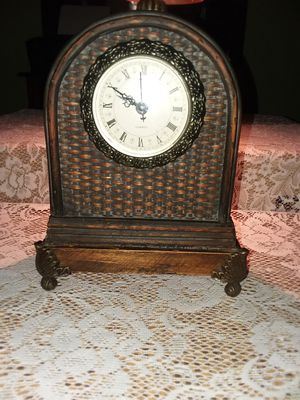 Old Antique Clock for Sale in Panama City, FL