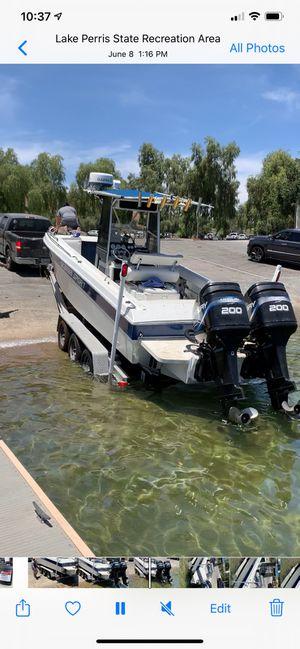 1998 twin motor boat for Sale in Bloomington, CA
