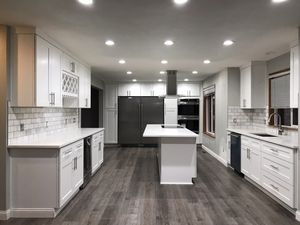 Kitchen cabinets and vanity Quartz countertops Waterproof flooring for Sale in Federal Way, WA