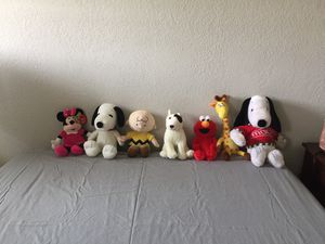 Brand new stuffing animals except the big snippy for Sale in Grand Terrace, CA