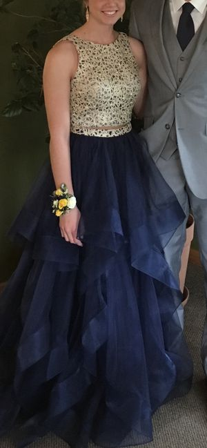 Prom dress for Sale in Maria Stein, OH