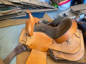 Dakota western saddle for Sale in Murrieta, CA