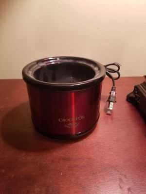 Little dipper crock pot for Sale in Indianapolis, IN