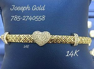 Brazalete Oro 14K. Financiamiento Con ó Sin Crédito for Sale in Hialeah, FL