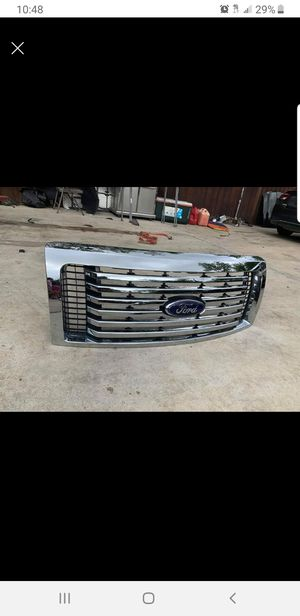 Ford grille F150 2013 for Sale in Irving, TX