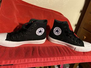 Converse Chuck Taylor II (2) for Sale in Austin, TX