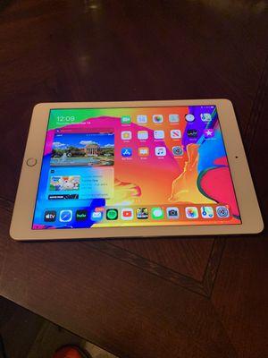 iPad Air 2 128gb Gold for Sale in Dallas, TX