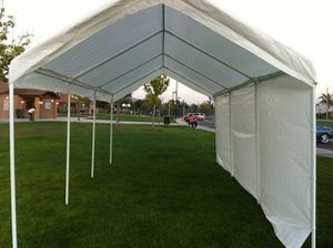 Party rentals: Chairs, tables,water jumpers, regular jumpers, heaters, party tents, for Sale in Moreno Valley, CA