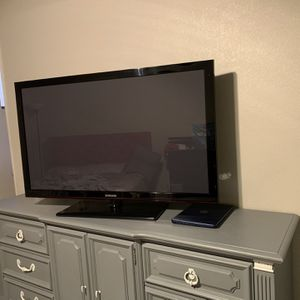 Samsung/Panasonic for Sale in Phoenix, AZ