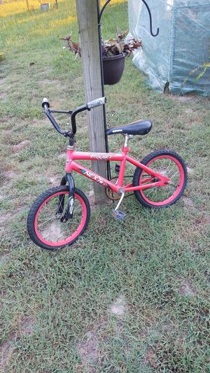 Netxr rocket kids bike rims are fine but needs tires for Sale in Murchison, TX