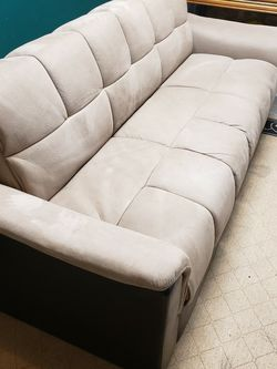 Futon Couch for Sale in Kent,  WA