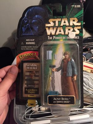 Aunt Beru Star Wars Action Figure for Sale in Union City, NJ