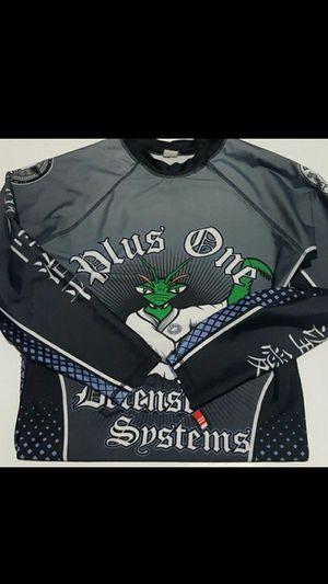 MMA Rolling Longsleeve Workout Shirt Size M for Sale in Woodbridge, VA