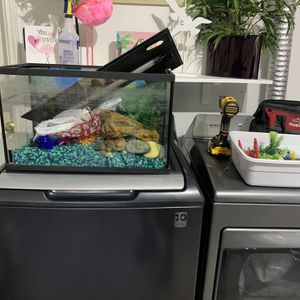 Fish Tank & More for Sale in Houston, TX