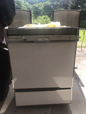 KitchenAid Dishwasher - Used for Sale in BRECKNRDG HLS, MO