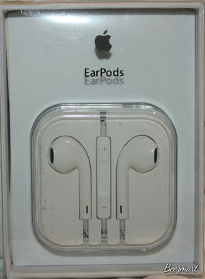 Skullcandy Samsung JVC Apple iPhone earbuds headphones ear bud many different types of Earbuds available Bz1 for Sale in Moreno Valley, CA