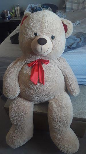 Giant teddy bear for Sale in Hesperia, CA