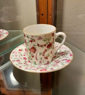 Small Vintage Floral Tea Cup & Saucer Dish for Sale in Modesto, CA