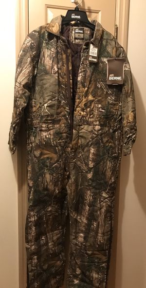 Camo Insulated Youth Coveralls Brand New Heavy Duty for Sale in Pleasant View, TN