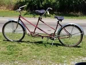 HUFFY TANDEM TWIN BICYCLE for Sale in Montgomery, AL