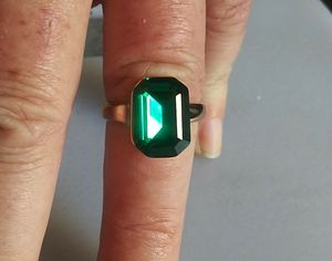 NEW Escher-Cut Emerald/R-Gold Cocktail Ring for Sale in Denver, CO