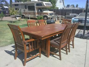 DINNING ROOM TABLE for Sale in Fresno, CA