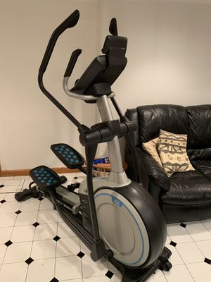 NorticTrack Elliptical Machine (Like New) for Sale in Queens, NY