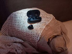 Samsung wireless headphones AKG 2020 for Sale in Fort Lauderdale, FL