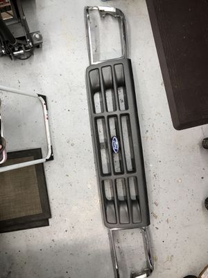 Ford 1993 F-150/F-250 front grill and headlight bezels for Sale in Phoenix, AZ
