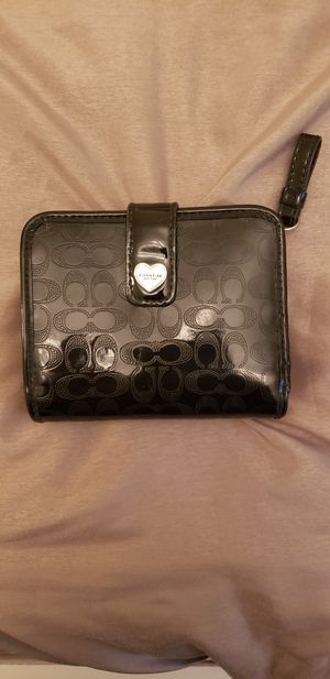 Beautiful Black Coach Wallet Like New for Sale in Fontana, CA