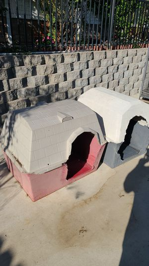 Dog houses for Sale in San Bernardino, CA