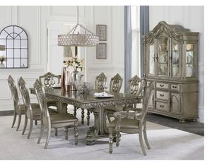 5 pc dinning room set for Sale in Atlanta, GA