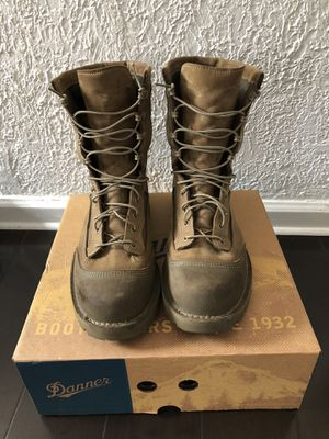 Danner gortex boots for Sale in Long Beach, CA