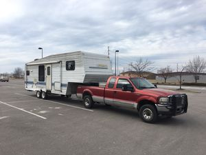 1994 Innsbruck 5th wheel camper- NEED TO SELL! for Sale in Pleasant Hill, MO