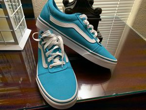 Vans zise 9.5 Brand new pick up only $40 for Sale in Fresno, CA