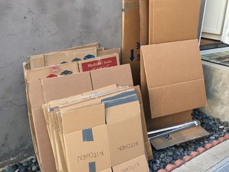 Free Moving Boxes for Sale in Coronado,  CA