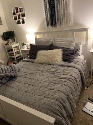 Queen bed frame for Sale in Arlington, VA