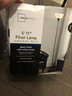 Floor Lamp for Sale in Fort Myers, FL