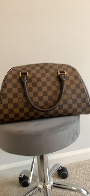 Louis Vuitton Bag for Sale in Winder, GA