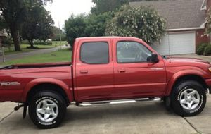 GreatAutomatic 2002 Toyota Tacoma 4WDWheels../ for Sale in Washington, DC