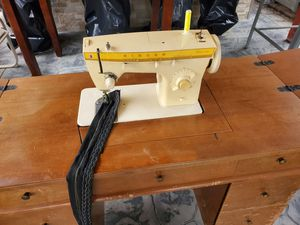 Sewing machine for Sale in Norwalk, CA