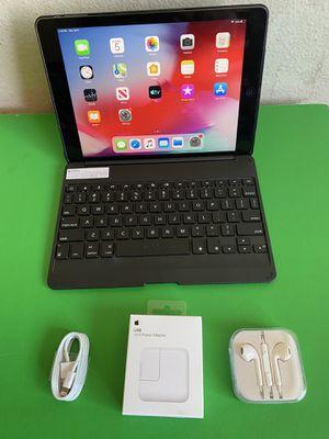 "Apple IPad Air (9.7"" Retina Display / IOS 12 / Newer than Ipad 4th Gen.) 16GB with zag bluetooth keyboard & Accesories for Sale in El Monte, CA"