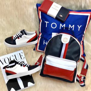 Leather red,white and blue bag for Sale in Atlanta, GA