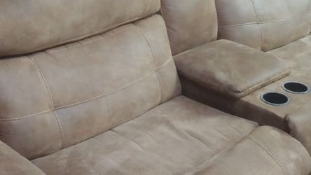 Soft leather couch for Sale in Masontown,  PA