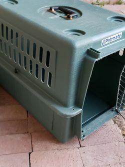 Petmate Dog Kennel for Sale in Chandler,  AZ