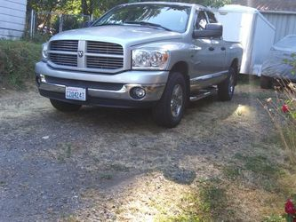 Iso 08 Ram 1500 Hemi After market Accessories for Sale in Olympia,  WA