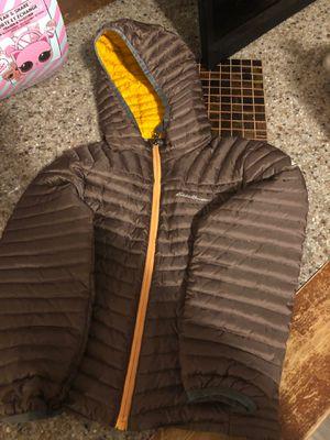Size xs (5-6) eddie bauer jacket 🧥 for Sale in Fairfield, CA
