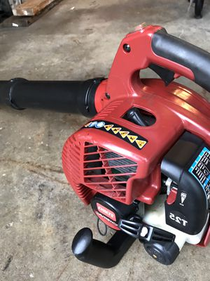 Toro gas leaf blower works good Practically new for Sale in Waterford Township, MI
